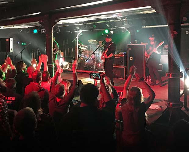 28. Februar – Alien Ant Farm Alternative – Crash Freiburg
