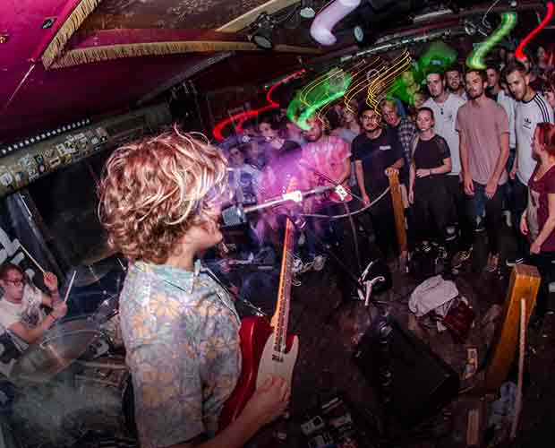 02.September – The Deadnotes Punk/Indie – The Great Räng Teng Teng Freiburg