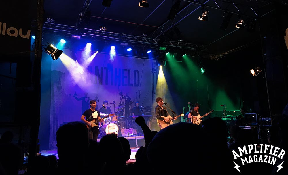 Openair Hallau - Antiheld - Amplifier Magazin