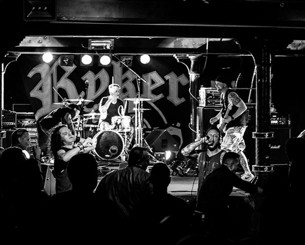 25. Mai - Rykers Hardcore - Crash Freiburg